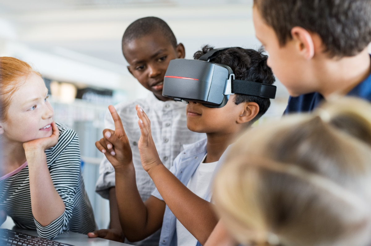 4 Reasons Why Schools Should be AR and VR Savvy | MARKET|AR by Marketing X-Rays
